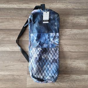 Sol and Selene yoga bag Karma Quilted Tie Dye Blue
